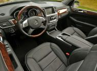 mercedes-m-class-black-leather-interior.jpg